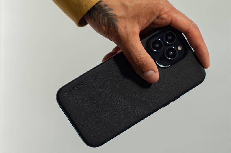 Funda piel Decoded iPhone 13 Pro