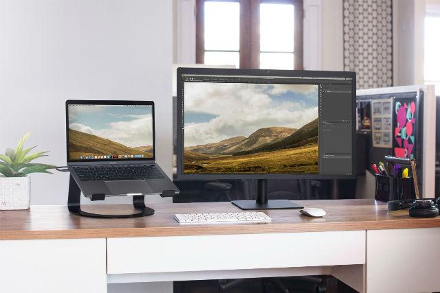 Curve soporte en color negro mate para MacBook de Twelve South