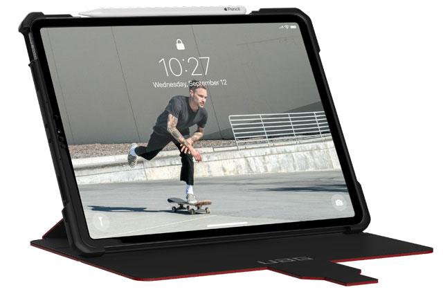 """Funda UAG Metrópolis iPad Pro 12,9"""" 5ª Gen 2021 color rojo magma"""