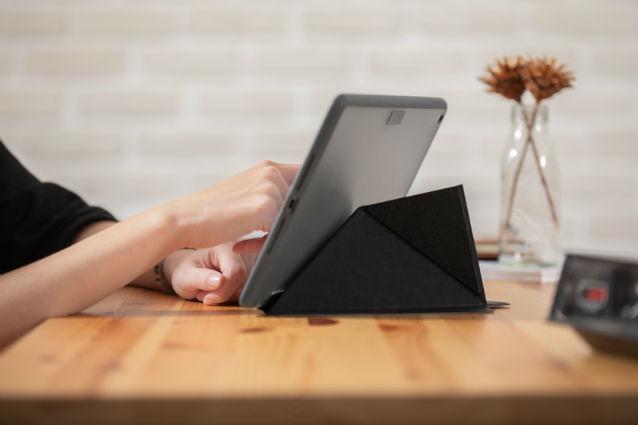 """Funda iPad Moshi Versacover iPad 10,2"""" de 7ª y 8ª generación 2019/2020"""